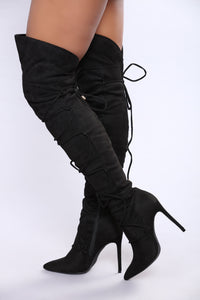 Wrap This Up Boot - Black