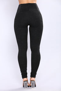 Nikki Ponte Leggings - Black