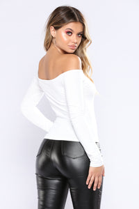 Madeleine Sweater Top - Ivory