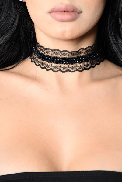 Bead Around The Bush Choker - Black