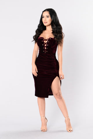 Fly Me To The Moon Dress - Burgundy