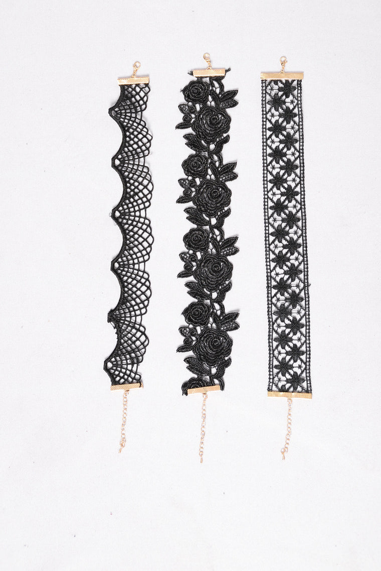 Lace Is For Lovers Choker Set - Black