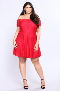 Lovey Dovey Lace Dress - Red