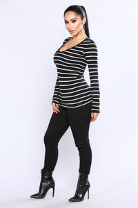 Your Everyday Long sleeve Striped Tee - Black/White