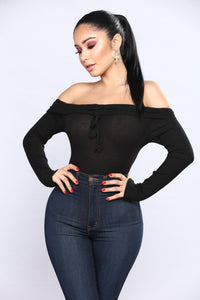 Kara Off The Shoulder Top - Black