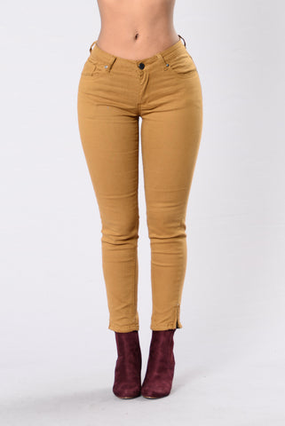 Undress My Mind Pants - Dark Wheat