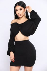Few Tricks Up My Sleeve 2 Piece Set - Black