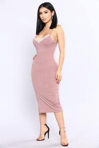 Game 7 Ribbed Dress - Mauve
