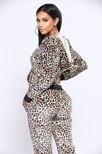 Cat Fight Velour Lounge Set - Leopard