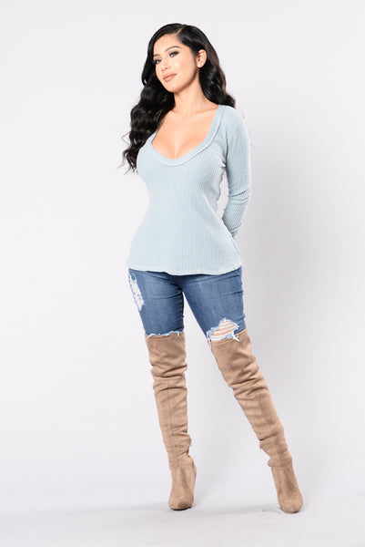 Bear Hug Top - Baby Blue