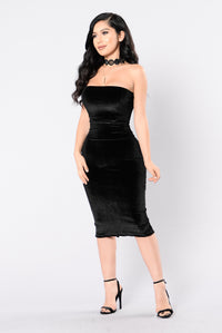 Hands To Myself Dress - Black