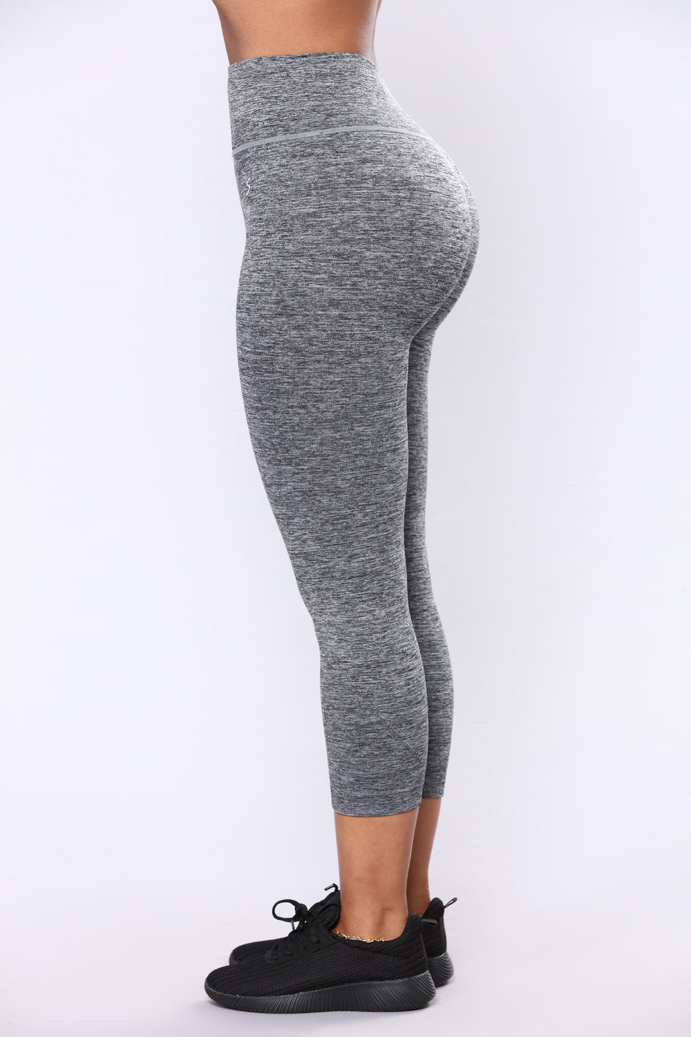 Going To The Gym Active Capri - Black