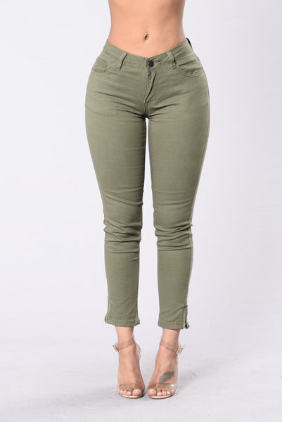 Undress My Mind Pants - Olive