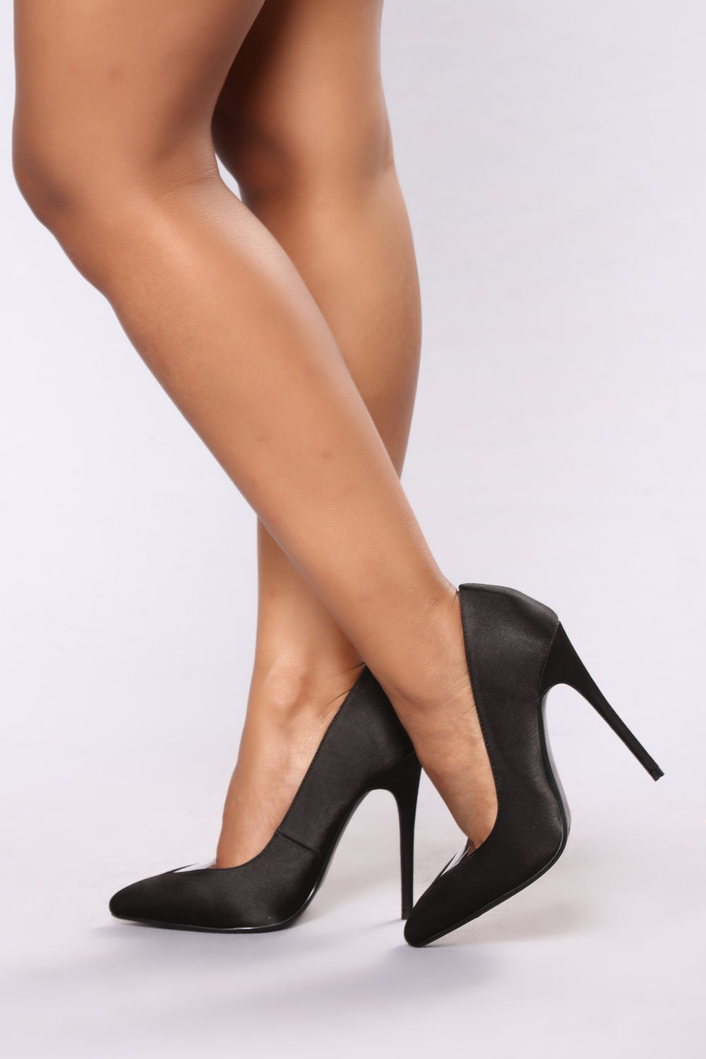 Galya Pump - Black