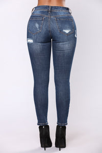 Can't Do Better Skinny Jeans - Dark Denim