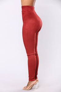 Ritta Suede Leggings - Burgundy