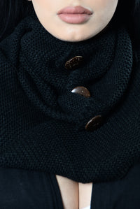 Cute As A Button Infinity Scarf - Black