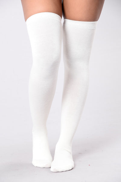 Cozy By The Fire Long Socks - Ivory
