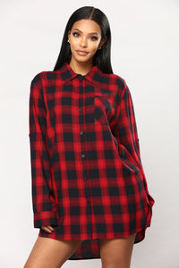 Emmy Plaid Top - Black/Red
