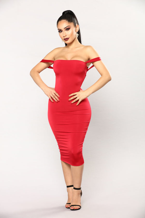 955190937b10 Framed Lace Up Dress - Red