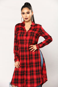Lonnie Plaid Top - Black/Red