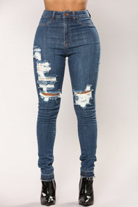 Come My Way Skinny Jeans - Medium Blue Wash