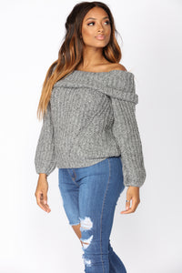 Swiss Alps Sweater - Grey
