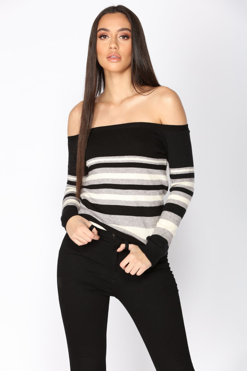 Everyday Vibes Sweater - Black