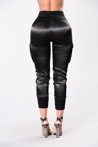 Paper Doll Pants - Black Angle 3