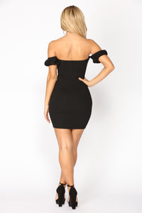 Alyshia Puff Mini Dress - Black