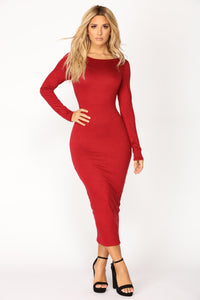 Carin Dress - Burgundy