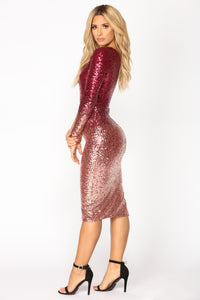 Excess Sequin Dress - Burgundy/Rose Gold