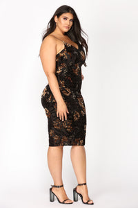 Rockabye Velvet Burnout Dress - Black