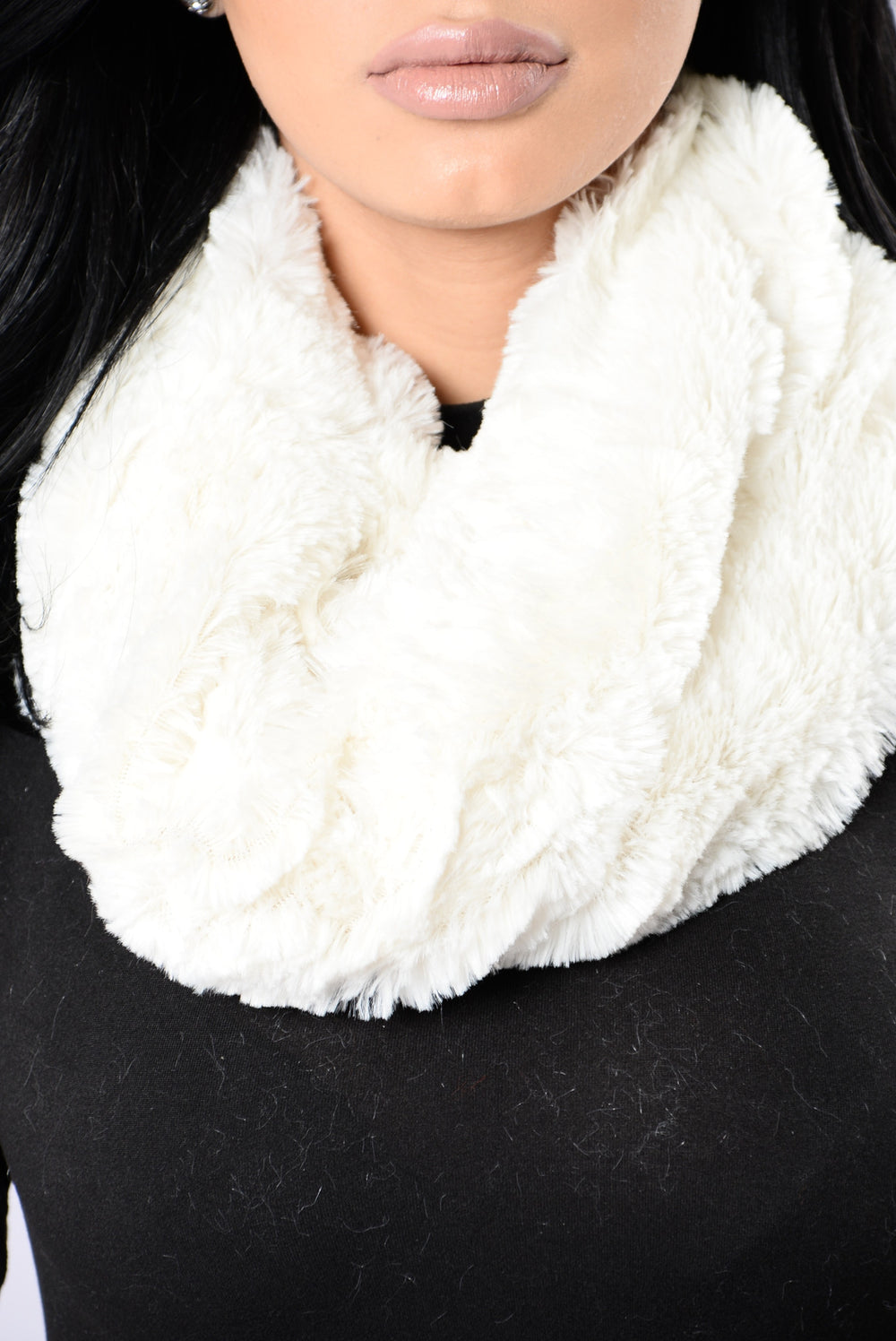 Soft Heart Mini Infinity Scarf - White