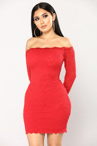 Off Shoulder Lace Bodycon Dress - Red