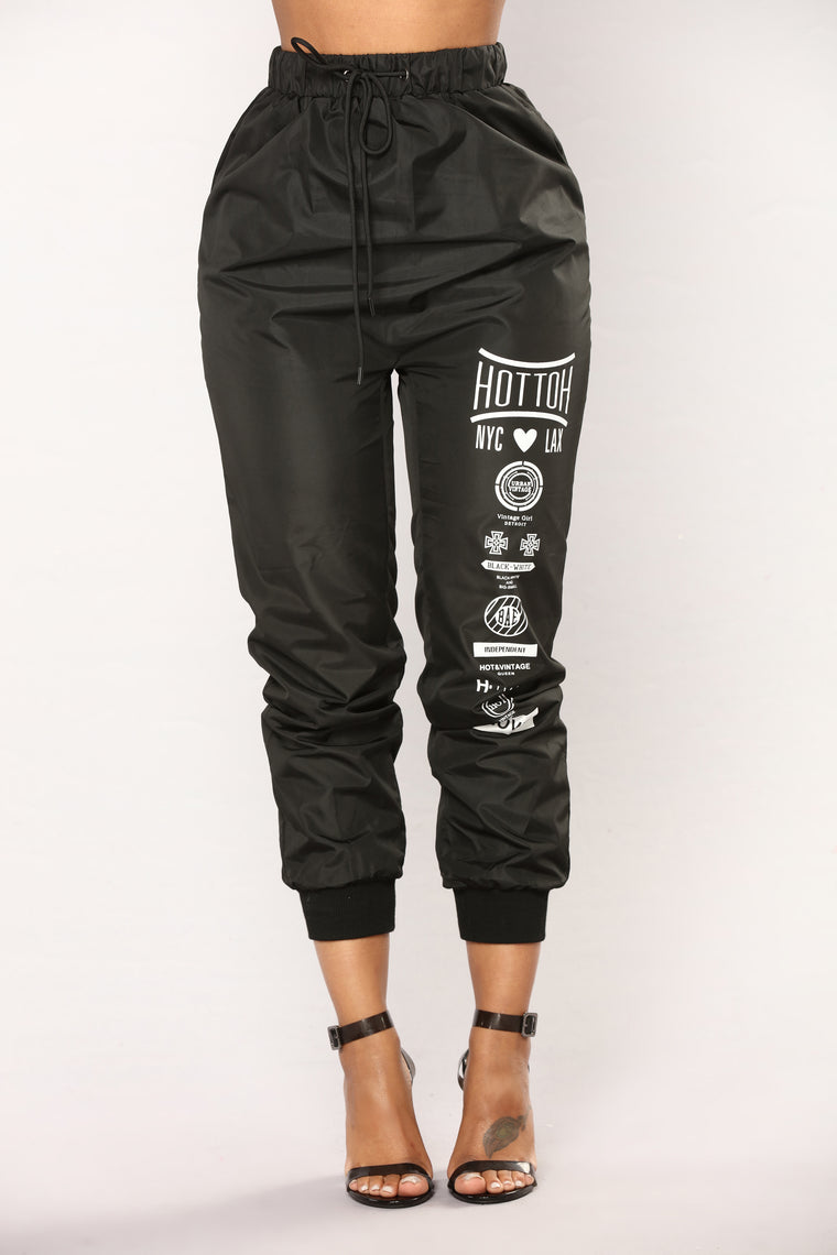 Streetwear Graphic Lounge Jogger - Black