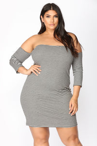 Follow My Lead Stripe Dress - Heather Grey/Black