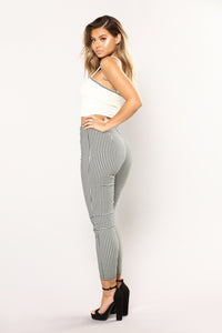 Paris Love Gingham Zip Pants - Black/White