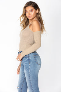 Speculate Cold Shoulder Top - Taupe Angle 4