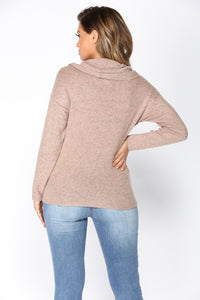 Lolita Turtleneck Sweater - Mocha