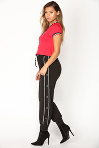 Snap Out Of It Jogger - Black