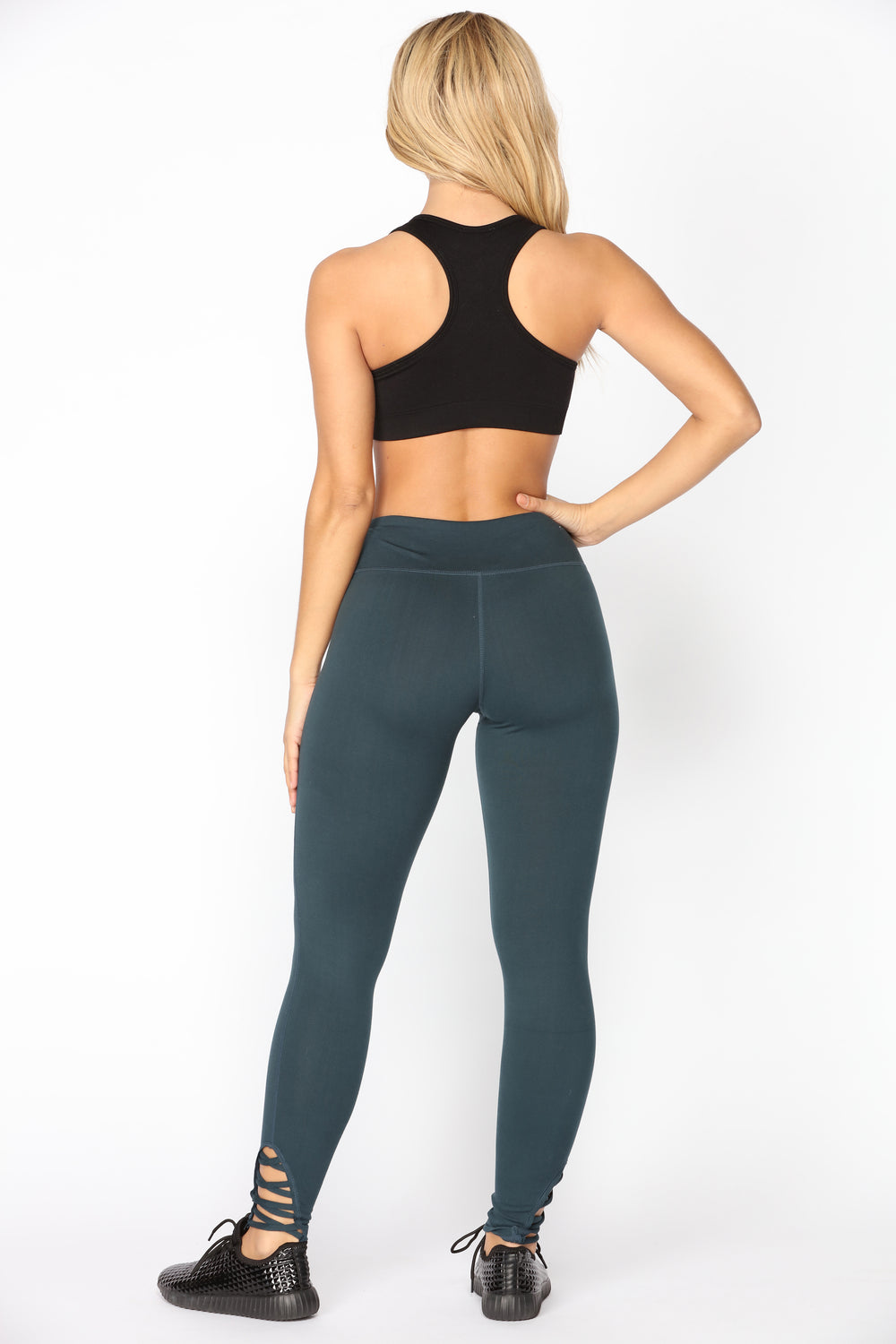 Race You There Seamless Sports Bra - Black