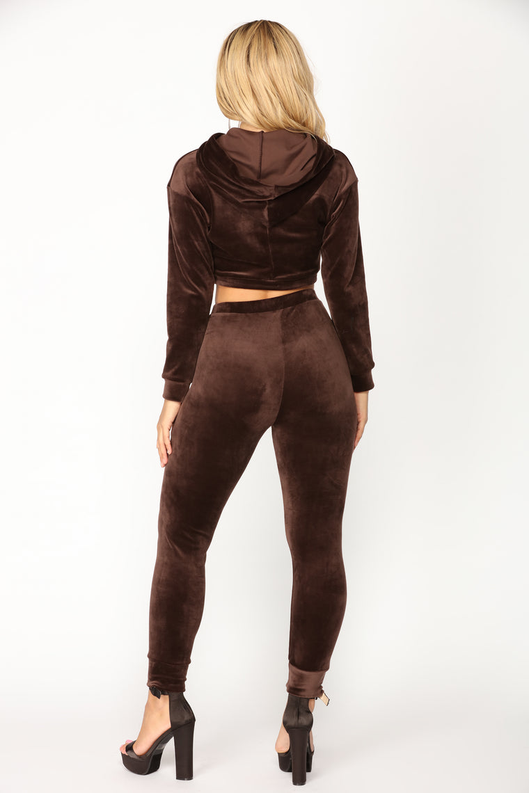 Casually Slay Velour Lounge Set - Brown