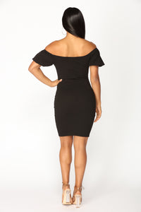 Pop Your Bubble Midi Dress - Black