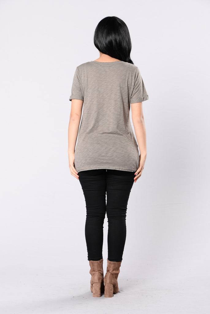 Breaking Point Top - Olive