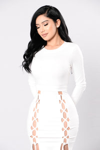 Fleek Queen Dress - Ivory