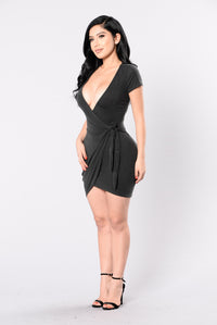 Rum Girl Dress - Black Angle 4