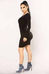Zada Criss Cross Dress - Black