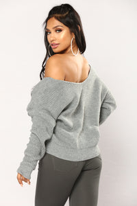 Carianna Twist Front Sweater - Grey