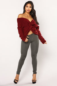 Carianna Twist Front Sweater - Burgundy